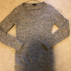 Dynamite v-neck long sweater in gray